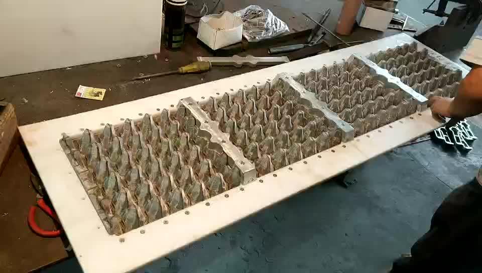 カスタマイズされたアルミ製卵トレイ型/パルプ型