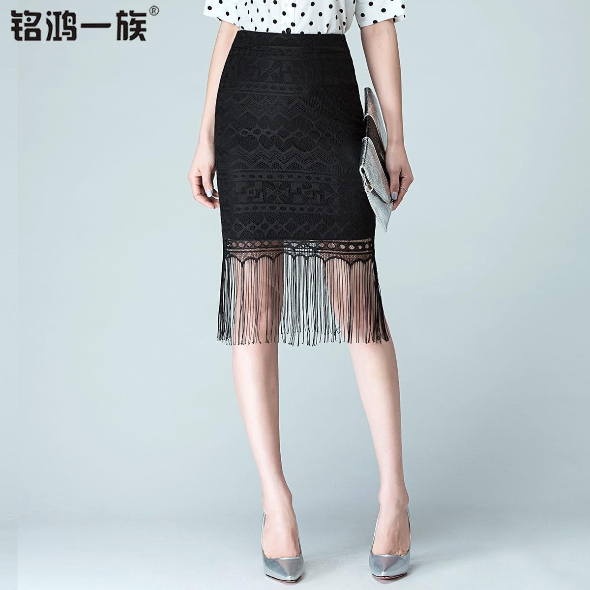 黑色流苏裙_流苏裙摇曳生姿的性感展现完美身段北京生活