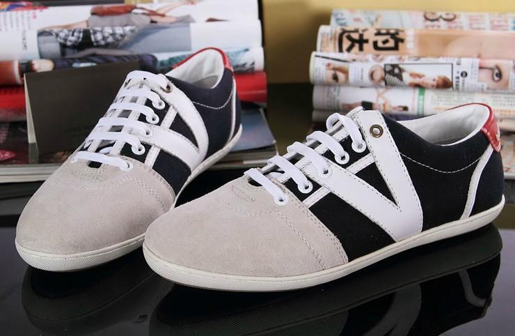2012新款英伦潮男板鞋外贸男士休闲鞋磨砂休闲皮鞋欧美时尚名牌鞋