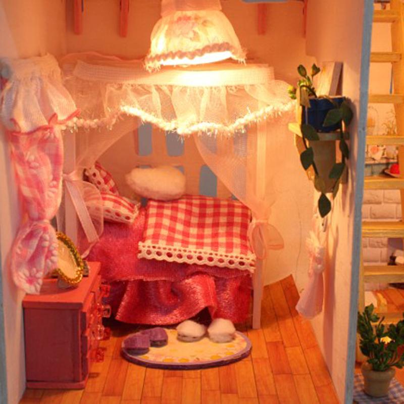 Модель дома Artisan's house  DIY