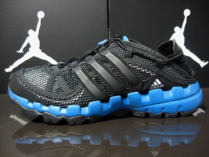 трекинговые кроссовки Adidas v23330 Hydroterra Shandal Adidas / Adidas