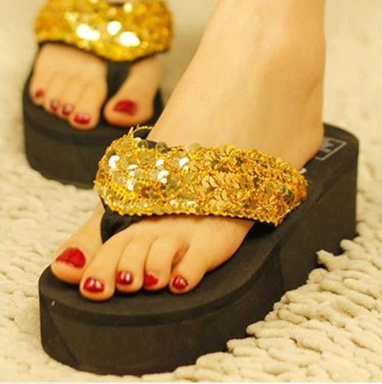 9元包邮-2013新款人字拖女士凉拖鞋夏季夹脚中跟 坡跟底沙滩拖鞋9.9包邮