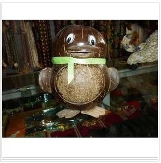 Кокосовая резьба Характеристики бака хранения в Санья Хайнань кокос shell ремесла QQ пингвинов копилке орнамент особенности персонализированные рождения подарки