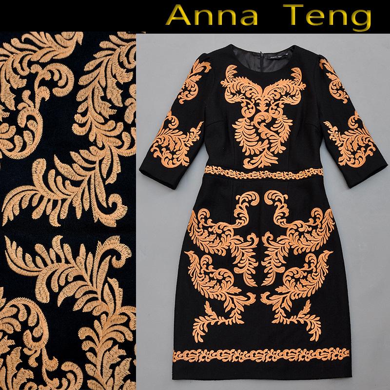 Женское платье Европе осень/зима 2013 новый high-end женщин одежда тяжелая вышивка цветок шерсти тонкий пакет хип оригинальное платье