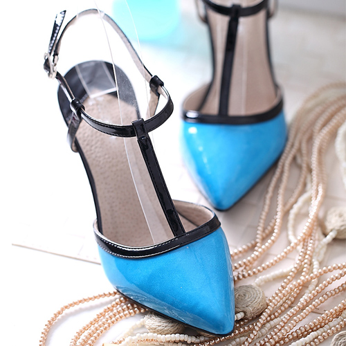 Босоножки 2013 Новые летние сандалии указал высокой пятки лакированные туфли с смешанными цветами штраф с дроссель немного перца Показать кожаная обувь