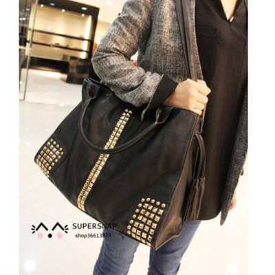 2014 new European and American retro fashion female bag Korean version of casual rivets tassel portable shoulder bag diagonal big bag