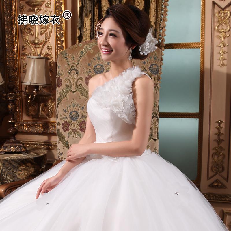 韩版甜美公主新娘单肩花朵钻饰斜肩婚纱礼服韩版大码孕妇婚纱