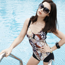 Fashion swimming wear for woman