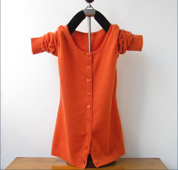 Цвет: Оранжевый шею