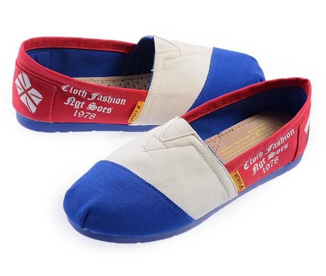 Женские кеды Взрывы низких цен, чтобы скупать новые 2013 Ён Hua Джокер простой цвет соответствия обувь Обувь повседневная обувь мода плоский корень