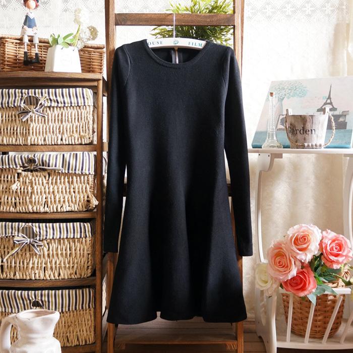 Женское платье Весна 2014 женщин новый Корейский себя тонкий плиссированные юбки длинные вязаные полушерстяные платье