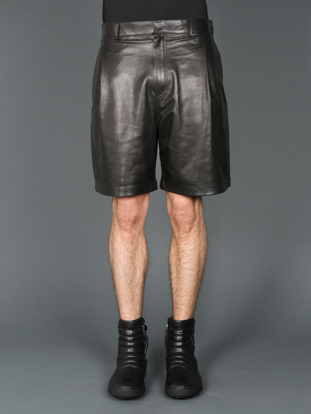 Spring/summer 2013 new SILENGIVENCHY PU leather to spell cotton shorts ahead of England easing style