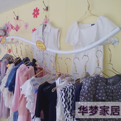 Clothing display racks wall mounted clothes rack hanger ladies ' clothing store display shelf hanging clothes rack