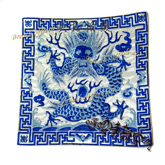 Цвет: 6 синий и белый цвет дракона