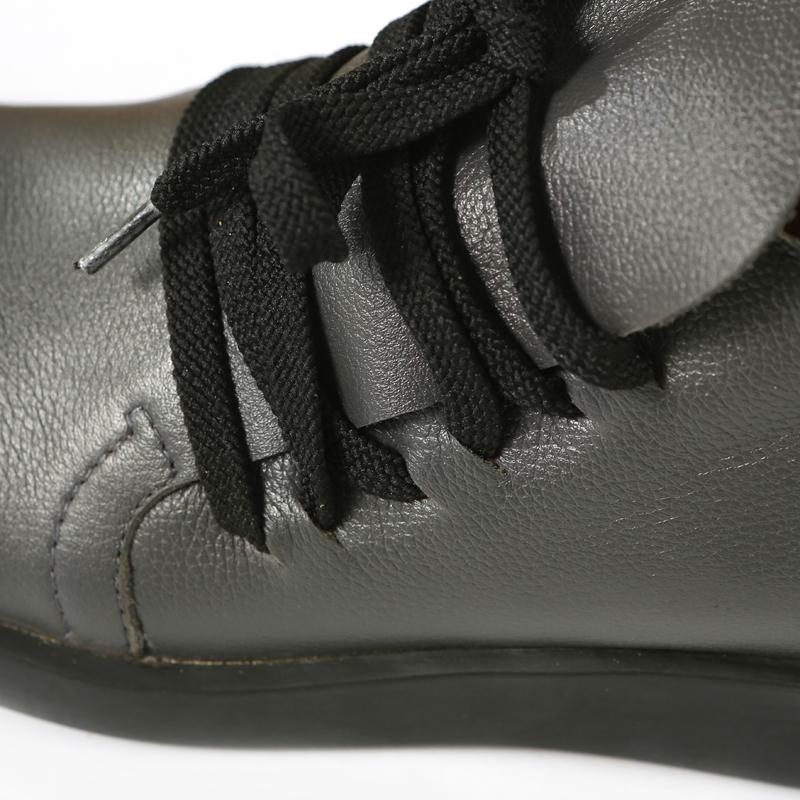 Круглый носок Плоская подошва Резинка Плоская подошва Клееная обувь Шнуровка Однотонный цвет