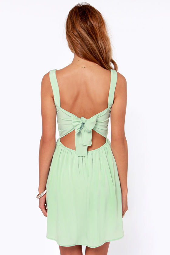 Waist deep V halter neckline decorated bow bind skating skirt mint green dress haoduoyi shipping