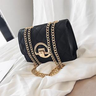 网红包包夏季女包2019大容量锁扣链条包女式斜挎手提单肩包潮