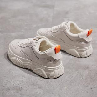 冬季小白鞋女2018百搭厚底真皮加绒运动鞋网红女鞋子