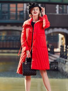 红色女款大牌羽绒服过膝白鸭绒中长款收腰显瘦时尚加厚