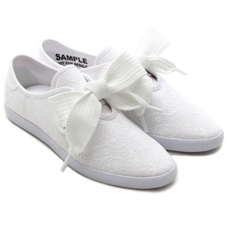 Japan purchasing genuine clover adidas limited edition white printing large bow low to help women flat