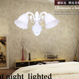 Bedside lighting garden lighting Wall lamp features European-style bedroom mirror lamp aisle light bedside lamp 8007-2B