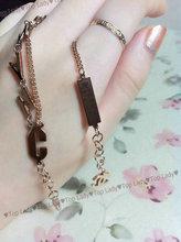 ♥ ♥ Arriba Señora C de oro rosa de Chanel pulsera letras dobles