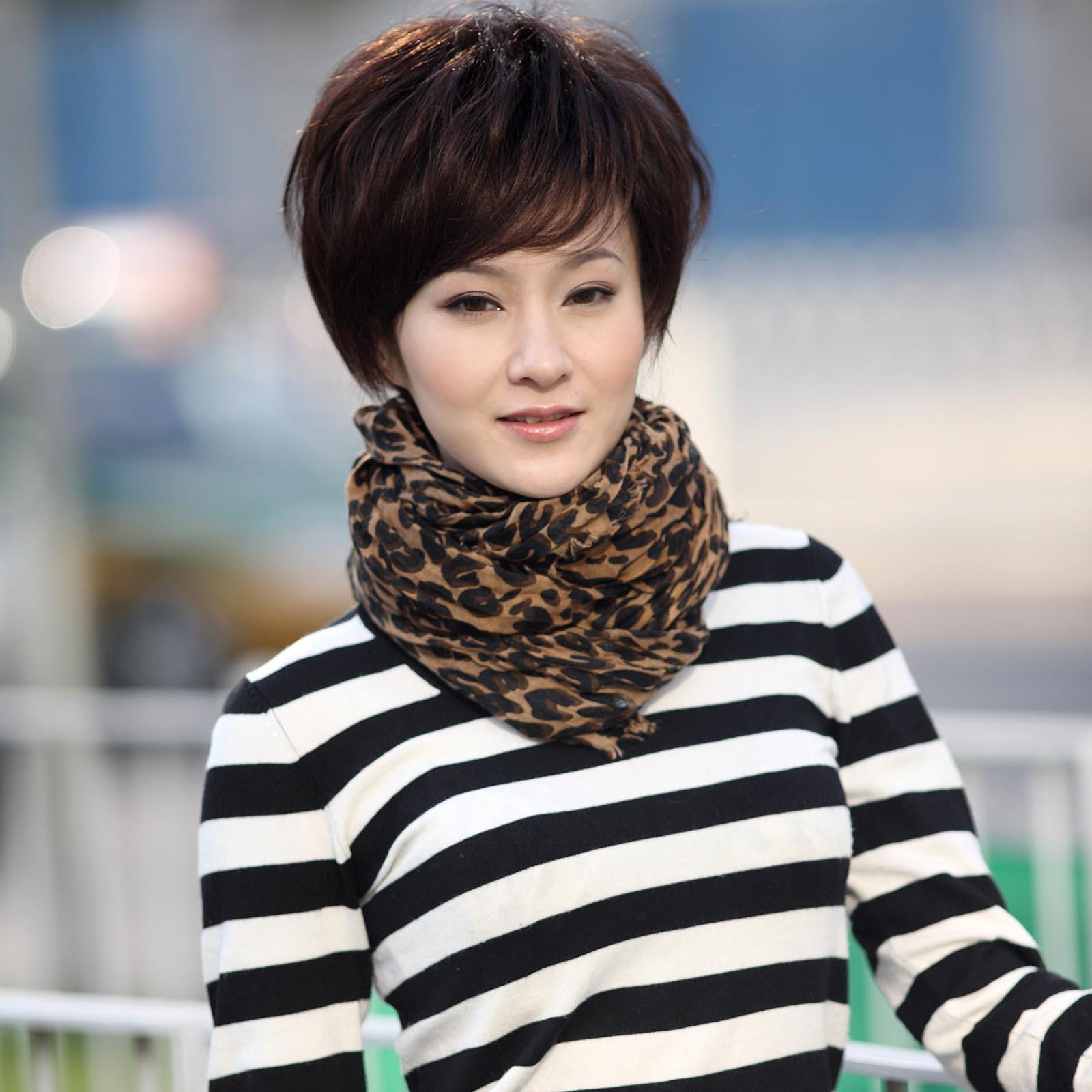 方脸短发发型图片让你秋季依旧美丽