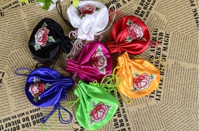 Jin Wu needle Suzhou embroidery pure manual embroidery bales life of small handicraft Small change purse a gift