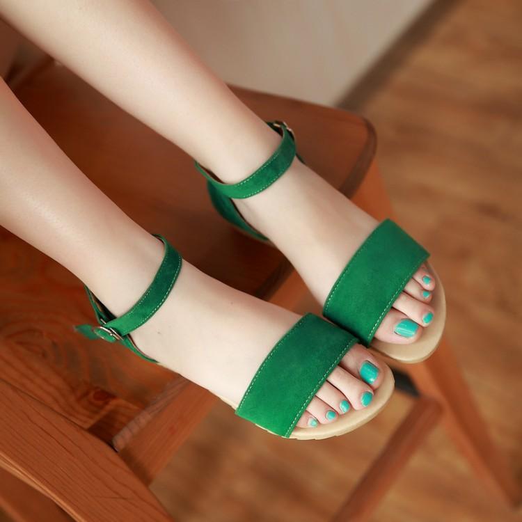 Босоножки Обувь студенческие скольжения босоножки новые девушки, девушки говорят для учащихся средней школы в конце большого размера 40 41 42 43