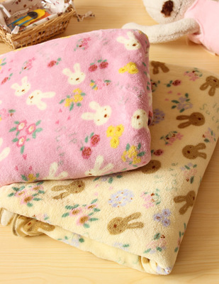 3.14 Meng Meng cute sugar rabbit super soft coral fleece blanket air conditioning blanket large Chuangtan