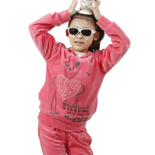 Erlang small children&#39;s clothing girls spring 2013 velvet suit children spring and autumn new velvet two-piece