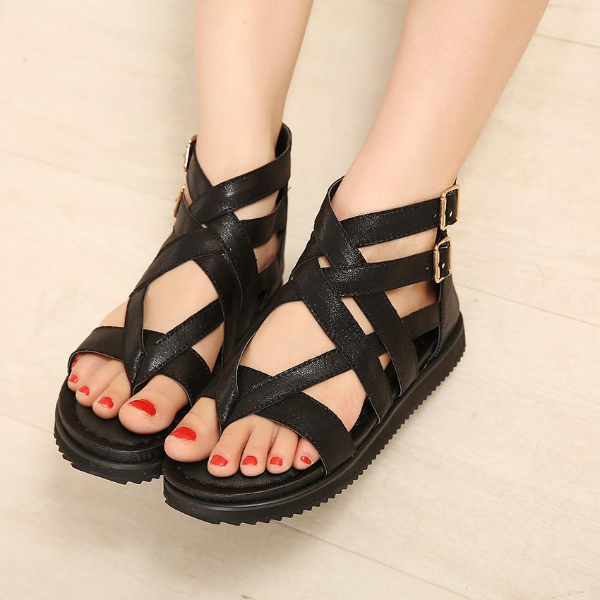 时尚舒适夏季新款罗马风格交叉绑带平底休闲女鞋欧美平跟夹趾凉鞋