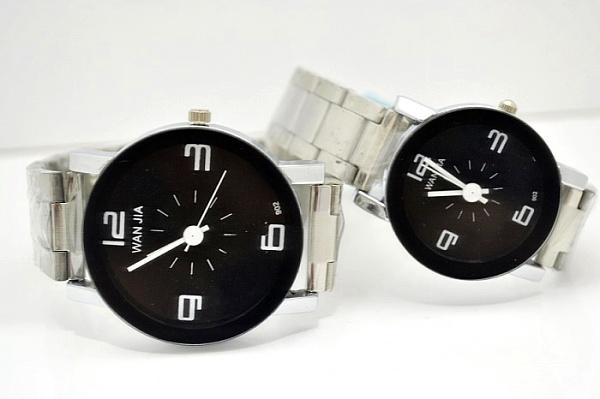 Часы OTHER Кварцевые часы Пара стол 2011