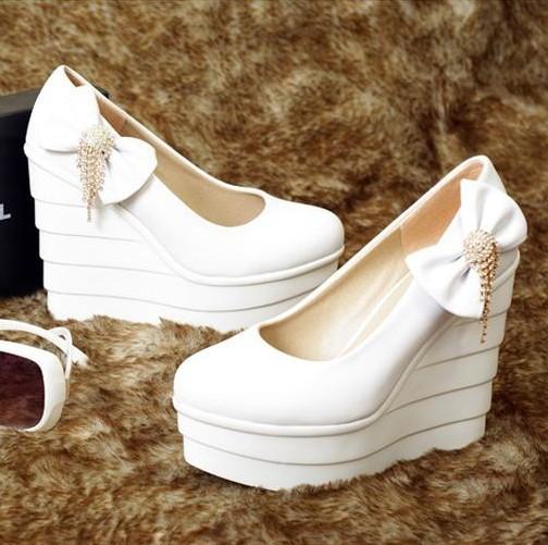 厚底超高跟白色公主单鞋圆头防水台千层底水钻坡跟蝴蝶结浅口新娘