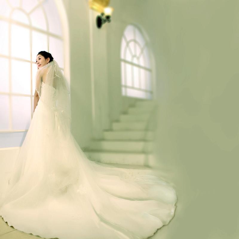 婚纱礼服2012新款 韩式优雅绑带抹胸婚纱 韩版公主豪华大拖尾婚纱