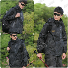 Outdoor charge two piece suit men's clothing a Wolf brand claw fleece warm breathable triad mountain hiking skiing
