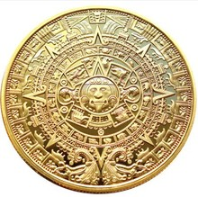 The mayan pyramid Maya sundial The Aztec foreign gold-plated commemorative medallion of America To send you