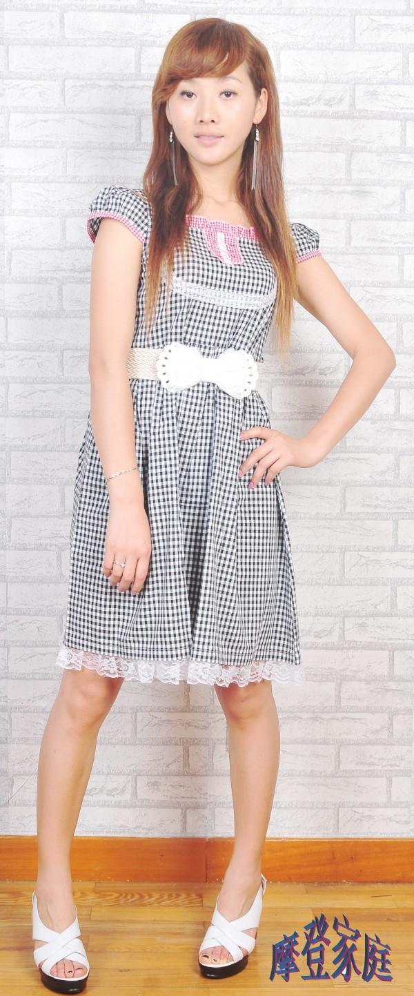 摩登亲子装家庭装情侣装女装短袖格子少女公主裙夏装黑白格连衣裙