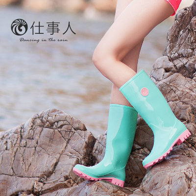 Propositions to people new Korean version of the fall and winter women's rain boots Tall jelly color velvet water shoes fashion boots overshoes