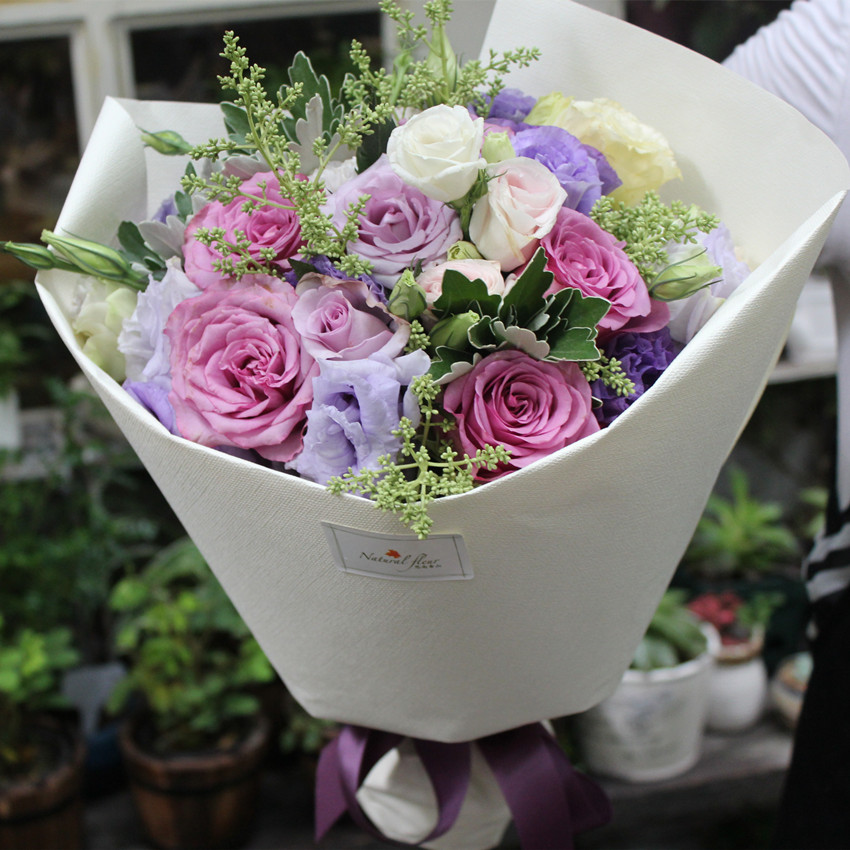 (228元)  2: 扇面高档花束 高档花材混搭 大气花束 北京鲜花配送 深圳图片