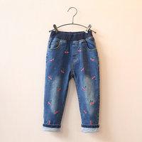 品牌童装新款冬装韩版女童加厚樱桃刺绣牛仔裤加绒裤子宝宝夹裤