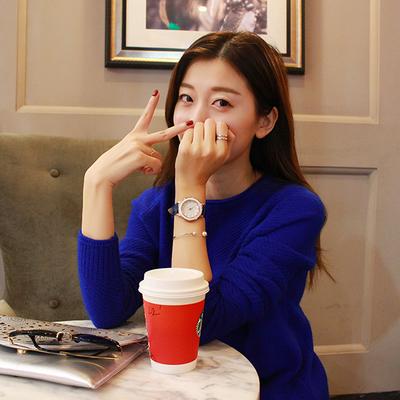 刘美希模特_淘宝摄影 店主风 模特刘美希 手机对镜自拍 爆款拍照