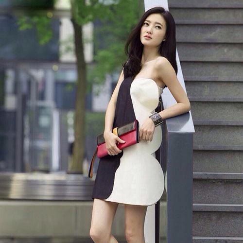 黑白人脸廓形不对称连衣裙 刘清扬同款