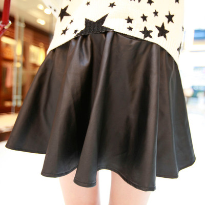 Mu red 2014 autumn and winter women new short section of small black leather skirt pleated skirt child PU leather skirts women
