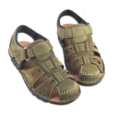 Sandals, men's leather Summer antiskid breathable men casual shoes baotou hollow out sandals flip-flops Men's sandals