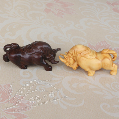 Free shipping boxwood carvings bullfighting money hand piece mahogany gift Lucky evil spirits auspicious feng shui ornaments
