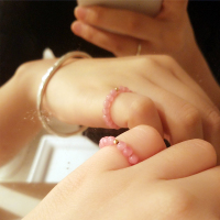 红纹石戒指冰种 冰种红纹石包金珠戒指 天然小巧高冰种红纹石戒指