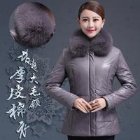 新款中老年冬季保暖羽绒服妈妈装短款加厚大码修身毛领真皮棉衣女