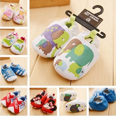 The new three-month whole cloth soft-soled baby 0-1 years old baby toddler shoes anti-small shoes off before the baby steps shoes 6