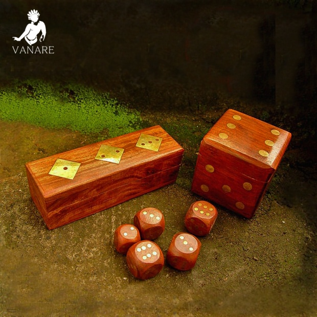 Vanare w, Banyan wood dice cartridge sub-India hand-carved wooden and copper pot by pot dice
